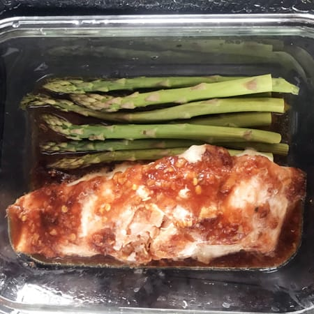 Chili glazed salmon with asparagus - campervan cooking finished meal